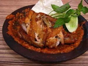 resep masakan ayam - ayam-goreng penyet khas surabaya
