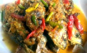 resep masakan Ikan kembung Bumbu Kuning