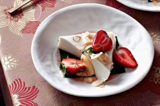 puding strawberry coconut