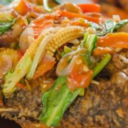 Ikan Mujair Goreng Saus Siram Asam Pedas